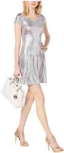 MICHAEL Michael Kors Fit & Flare Style Metallic Exposed Back Zip Short Sleeves Squared Print Dress