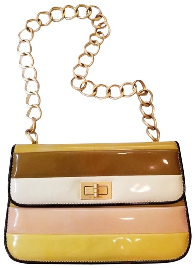Preload https://img-static.tradesy.com/item/23841100/chanel-classic-flap-authrare-multi-color-gold-yellow-patent-leather-shoulder-bag-0-1-540-540.jpg