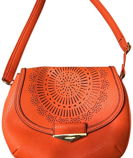 Preload https://img-static.tradesy.com/item/23841756/liz-claiborne-laser-cut-orange-faux-leather-shoulder-bag-0-1-540-540.jpg
