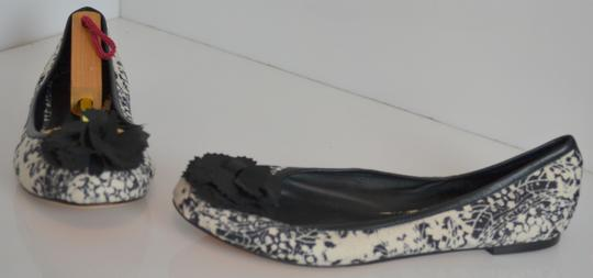 Saks Fifth Avenue Leather Print Ballet Casual Pom Pom Black/cream Flats