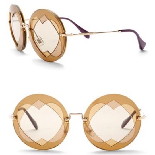 Preload https://img-static.tradesy.com/item/23842333/miu-miu-gold-brown-double-heart-62mm-round-sunglasses-0-0-540-540.jpg