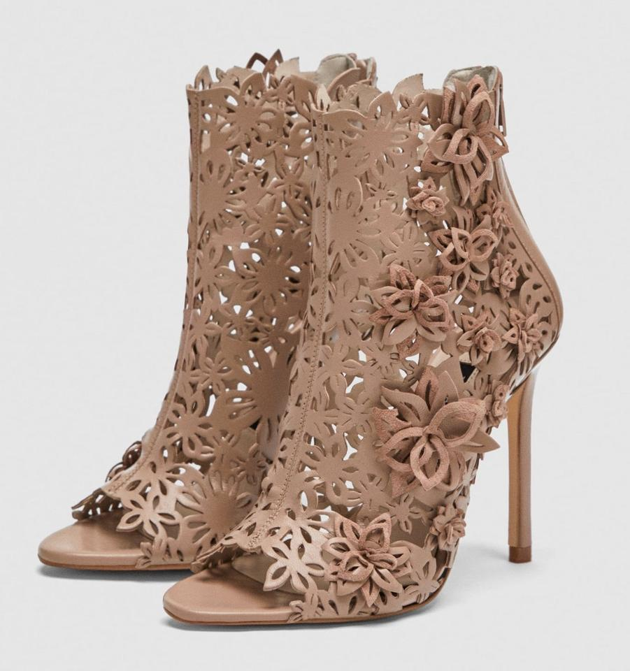 d2d1e39eee8 Zara Nude Floral Embroidered Leather Peep Sandals. Size  US 8 Regular (M ...