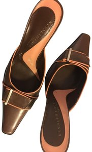 Kenneth Cole Metallic Hardware Leather Brown and Peach Mules