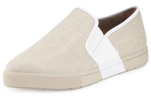 Vince Camuto Desinger Sneakers Pumice/Alabaster Flats