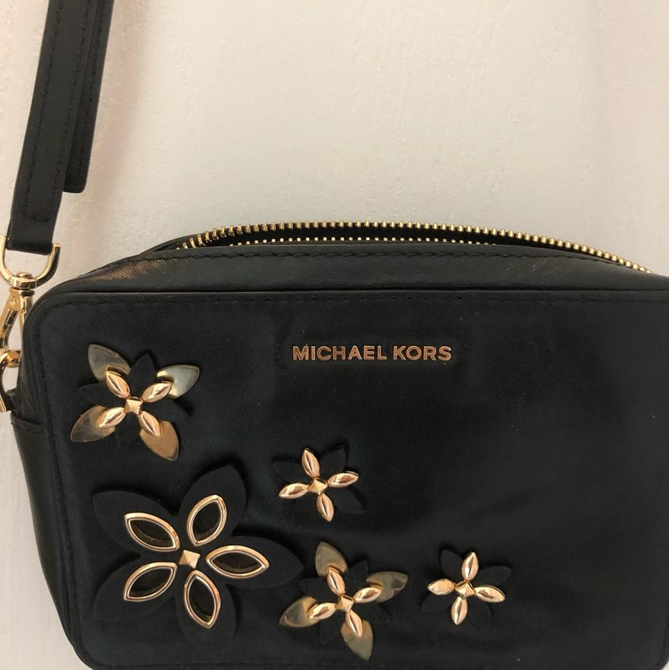 Michael Kors Small Crossover Black Gold Leather Cross Body Bag 63 Off Retail