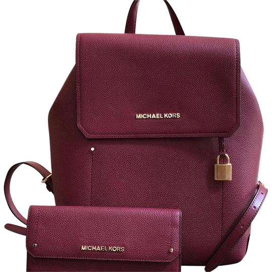 Preload https://item5.tradesy.com/images/michael-kors-hayes-mulberry-leather-backpack-23848264-0-1.jpg?width=440&height=440