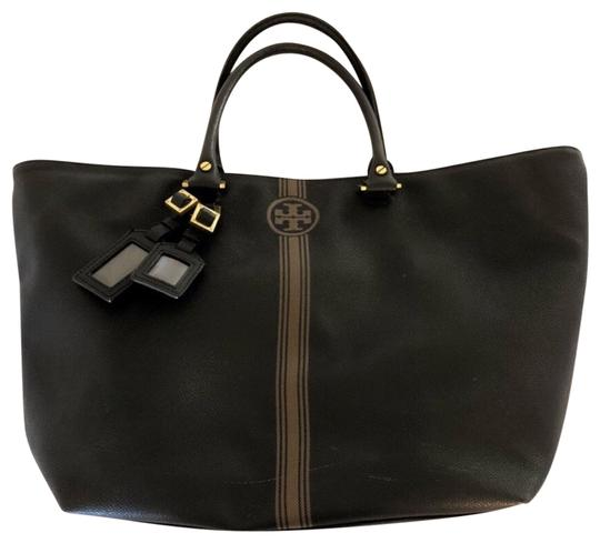 Preload https://item3.tradesy.com/images/tory-burch-roslyn-black-coated-canvas-tote-23848292-0-1.jpg?width=440&height=440