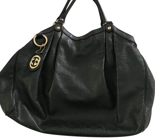 Preload https://img-static.tradesy.com/item/23848398/gucci-sukey-embossed-guccissima-with-canvas-lining-in-excellent-condition-black-leather-hobo-bag-0-1-540-540.jpg