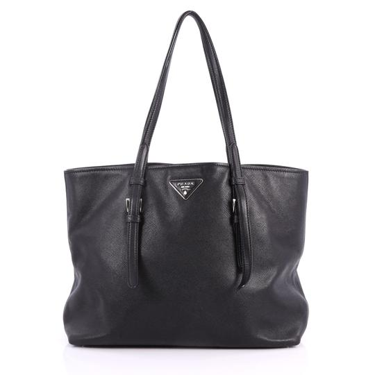 Preload https://item3.tradesy.com/images/prada-belted-soft-medium-black-saffiano-leather-tote-23848437-0-0.jpg?width=440&height=440