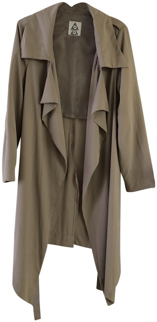 Preload https://item1.tradesy.com/images/urban-outfitters-beige-unif-trench-coat-size-12-l-23848520-0-1.jpg?width=400&height=650