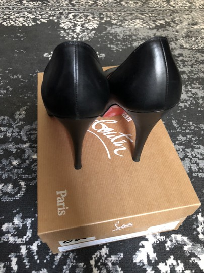 Christian Louboutin Very Prive Classic Black Pumps