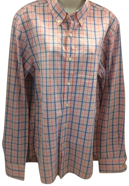 Preload https://img-static.tradesy.com/item/23848817/jcrew-button-down-top-size-4-s-0-1-650-650.jpg