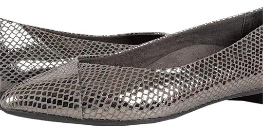 Preload https://img-static.tradesy.com/item/23848820/vionic-metallic-silvergray-gun-metal-snake-flats-size-us-75-wide-c-d-0-1-540-540.jpg
