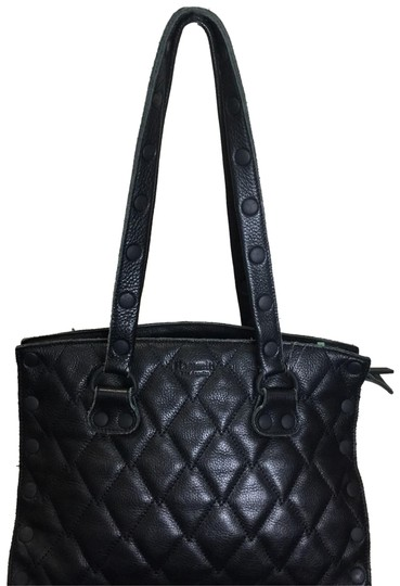 Preload https://img-static.tradesy.com/item/23848827/hammitt-quilted-black-leather-tote-0-1-540-540.jpg