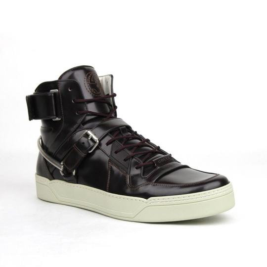 Preload https://img-static.tradesy.com/item/23848830/gucci-dark-burgundy-horsebit-leather-hi-top-sneaker-strap-135gus-145-407373-6040-shoes-0-0-540-540.jpg