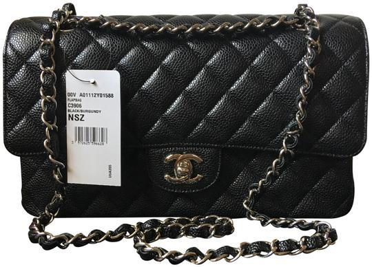 Preload https://item5.tradesy.com/images/chanel-classic-double-flap-medium-black-caviar-leather-shoulder-bag-23848834-0-1.jpg?width=440&height=440