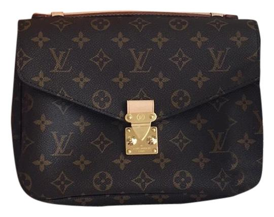 Preload https://item3.tradesy.com/images/louis-vuitton-metis-new-2018-monogram-leather-shoulder-bag-23848877-0-1.jpg?width=440&height=440
