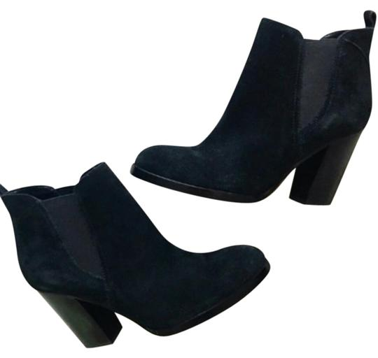 Preload https://img-static.tradesy.com/item/23848895/marc-fisher-black-chelsea-bootsbooties-size-us-9-regular-m-b-0-1-540-540.jpg