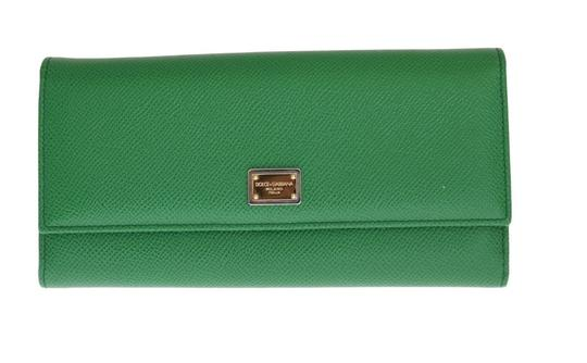 Preload https://item2.tradesy.com/images/dolce-and-gabbana-green-dauphine-leather-clutch-wallet-23848941-0-0.jpg?width=440&height=440
