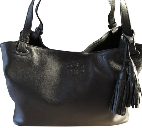 Preload https://img-static.tradesy.com/item/23848953/tory-burch-thea-center-zip-black-leather-tote-0-2-540-540.jpg