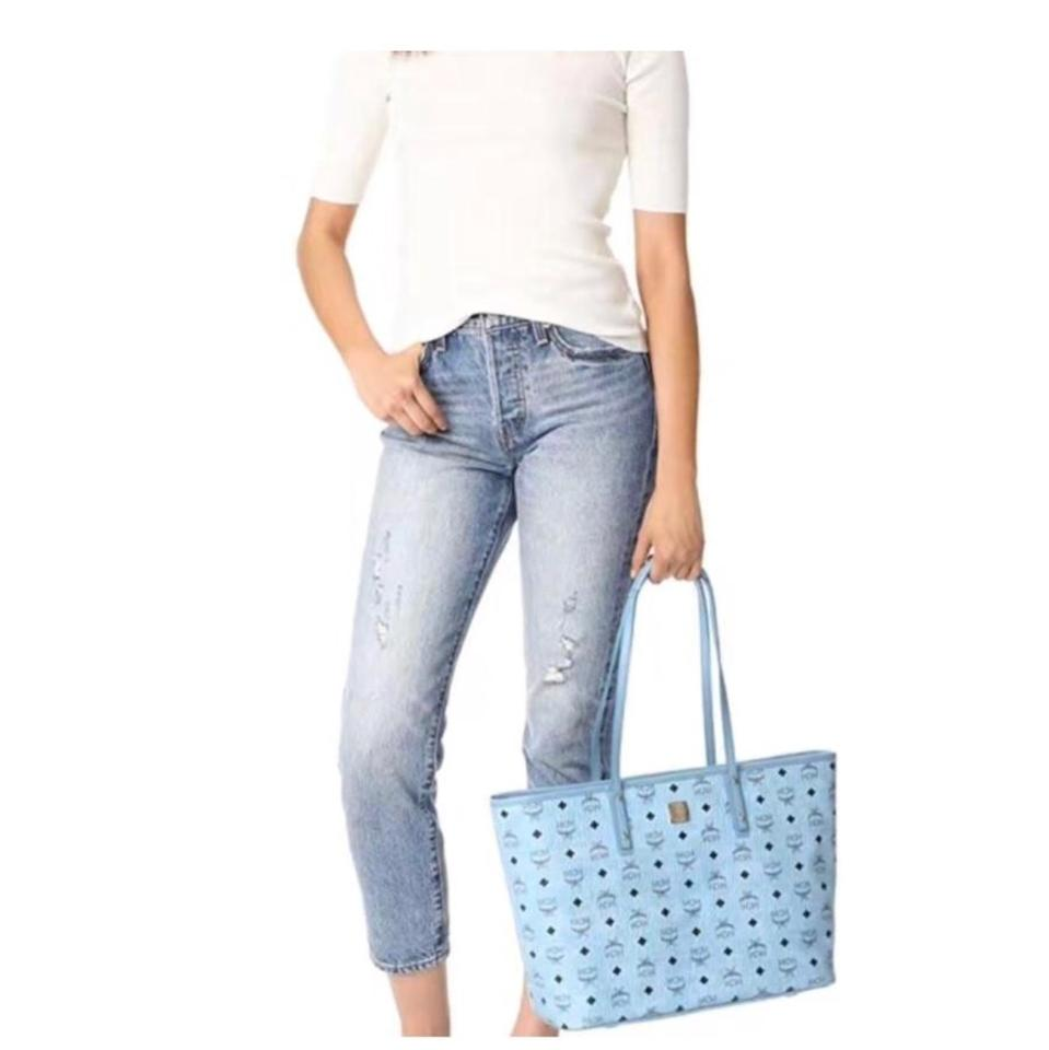 MCM Blue Tote Leather with Pouch 018wq0CS