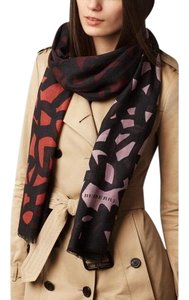 Burberry Burberry Maroon and black graphic leave print cashmere and silk scarf