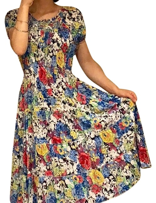 Multicolor Mid-length Short Casual Dress Size 6 (S) Multicolor Mid-length Short Casual Dress Size 6 (S) Image 1