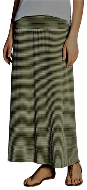 Preload https://img-static.tradesy.com/item/23851799/vince-camuto-green-and-white-teeny-stripe-fold-over-band-maxi-skirt-size-18-xl-plus-0x-0-1-650-650.jpg