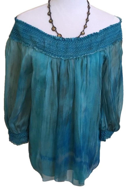 Alice + Olivia Blue Like New Silk Blouse Size 6 (S) Alice + Olivia Blue Like New Silk Blouse Size 6 (S) Image 1