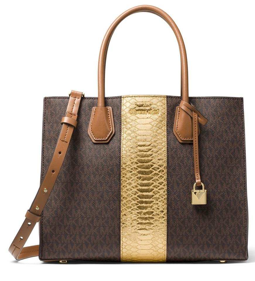62fc3eb321e0 MICHAEL Michael Kors Mercer Large Brown/Gold Signature Shoulder Tote in  Brown / Gold Image ...