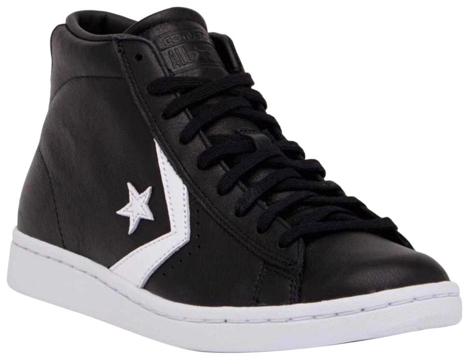 Converse Tops Leather Mid High Tops Converse Chuck Taylor Sneakers Sneakers 158b15