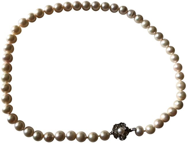 Pearl 8mm Necklace Pearl 8mm Necklace Image 1