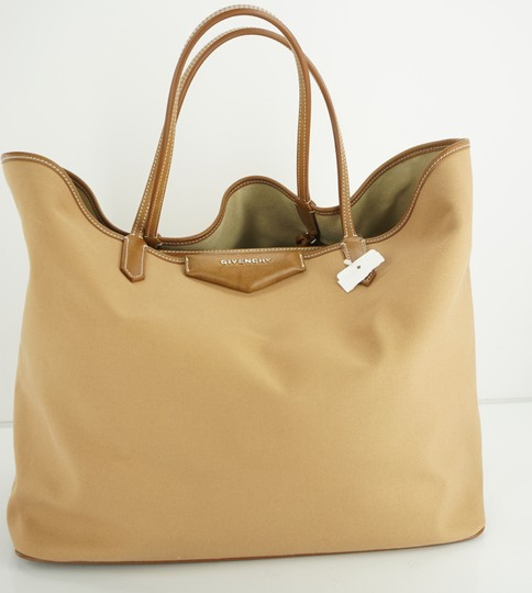 Givenchy Tote in Brown Image 11