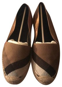 Burberry Black/ Tan/ Red/ Gold/ the Gold is Leather Flats