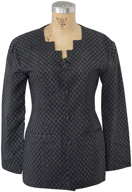 Preload https://img-static.tradesy.com/item/23856768/black-gray-and-checkered-blazer-size-8-m-0-1-650-650.jpg