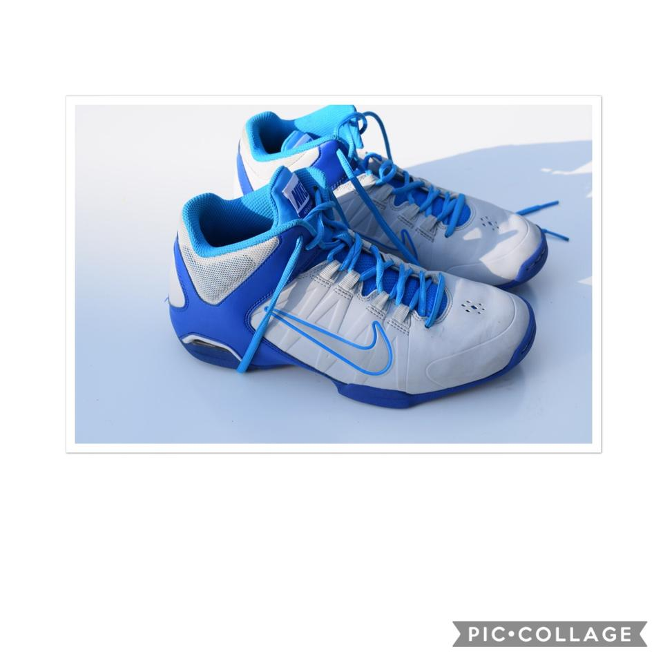 Nike Viso White & Blue Air Viso Nike Pro 4 Sneakers 8d2183