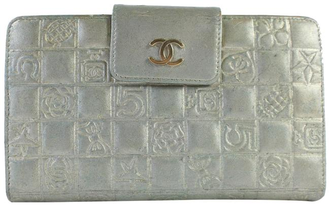 Item - Chocolate Bar Quilted Charm Long Bifold Wallet 14cz856 Silver Leather Clutch