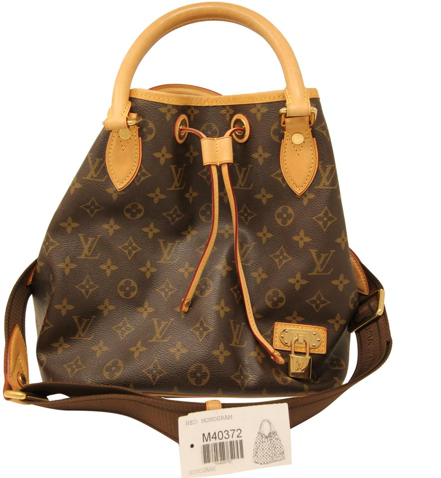 Louis Vuitton Removable Long Strap Lock Spacious Drawstring 2 Way Tote in  Brown ... c3c6f11389daa