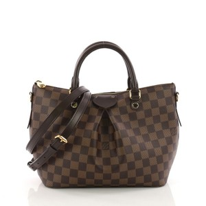 Louis Vuitton Red Bags - Up to 70% off at Tradesy f4ddacec35587