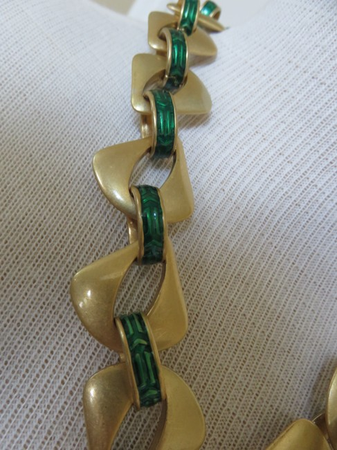 Lia Sophia Green / Gold Red Carpet New Necklace Lia Sophia Green / Gold Red Carpet New Necklace Image 3