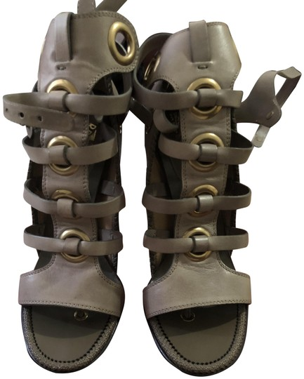 Preload https://img-static.tradesy.com/item/23860630/salvatore-ferragamo-olive-shyla-sandals-size-eu-405-approx-us-105-regular-m-b-0-1-540-540.jpg
