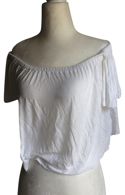 Preload https://img-static.tradesy.com/item/23861102/truly-madly-deeply-white-off-the-shoulder-blouse-size-4-s-0-1-650-650.jpg
