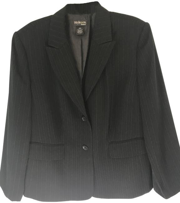 Preload https://img-static.tradesy.com/item/23861225/style-and-co-black-with-blue-pinstripe-one-button-career-blazer-size-20-plus-1x-0-1-650-650.jpg