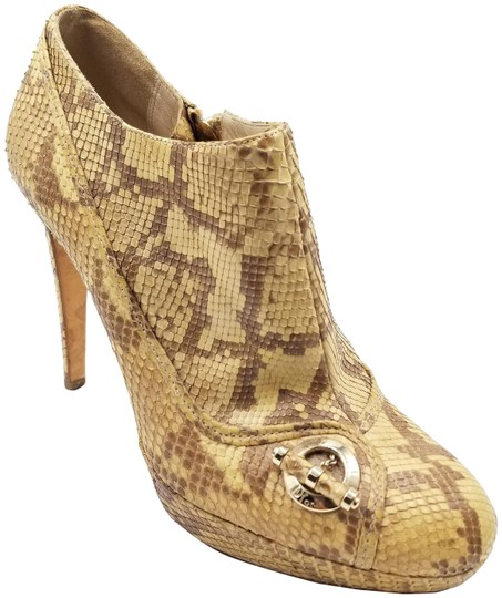 Preload https://img-static.tradesy.com/item/23861229/dior-tan-snakeskin-python-platform-bootsbooties-size-eu-39-approx-us-9-regular-m-b-0-1-540-540.jpg