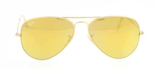 Preload https://img-static.tradesy.com/item/23861814/ray-ban-gold-mirrored-yellow-sunglasses-0-1-540-540.jpg