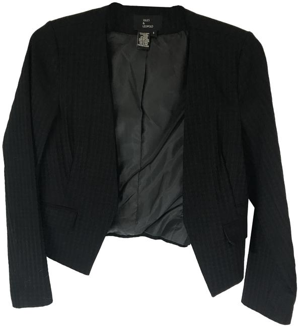 Preload https://img-static.tradesy.com/item/23861921/black-open-career-blazer-size-8-m-0-1-650-650.jpg