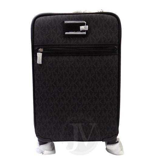 Preload https://img-static.tradesy.com/item/23861922/michael-kors-new-4-pc-suitcase-and-and-passport-and-key-charm-black-pvc-weekendtravel-bag-0-0-540-540.jpg