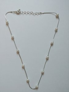 White House | Black Market Ivory Pearl Necklace