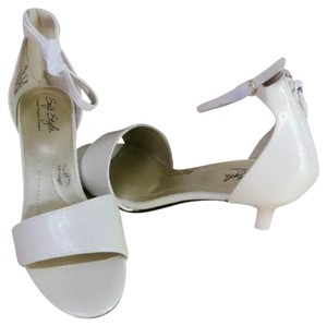 Hush Puppies Ivory Pumps