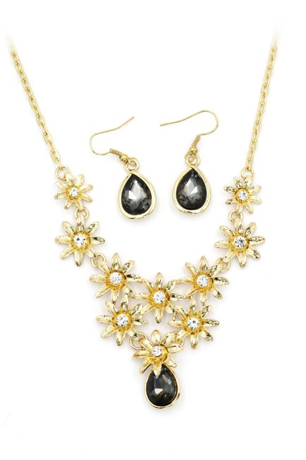 Ocean Fashion Black Brilliant Golden Flower Crystal Earrings Set Necklace Ocean Fashion Black Brilliant Golden Flower Crystal Earrings Set Necklace Image 1